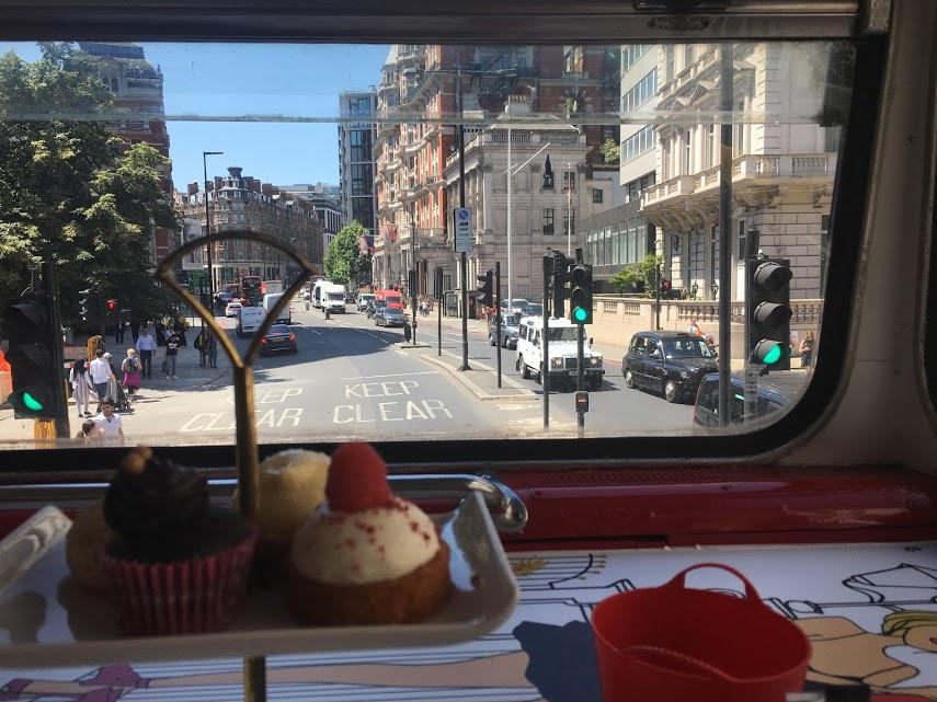 B Bakery bus
