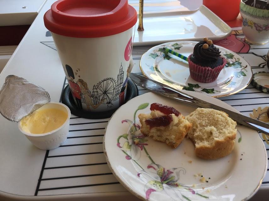 B Bakery mug
